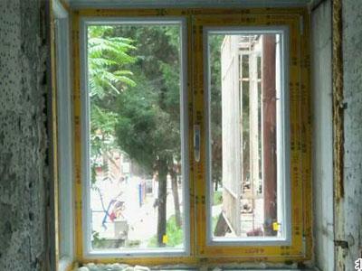 海淀区马神庙封阳台飘窗坚美断桥铝70系列飘窗门窗安装