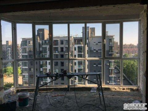 石景山区西黄新村雍景天成14号楼2单元忠旺门窗