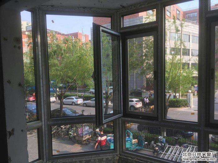 海淀蓝靛厂世纪城金夕园小区断桥铝窗70系列封阳台换新窗
