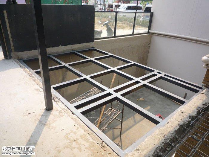 朝阳东坝首开常青藤小区60断桥铝平开窗制作阳光房钢化玻璃顶