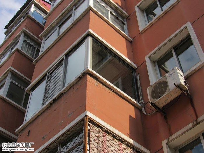 朝阳八里桥东军庄20号楼断桥铝阳台窗封阳台
