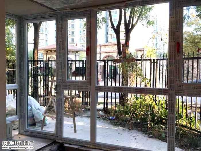 朝阳管庄远洋一方安装门窗60系列白色断桥铝窗阳台窗
