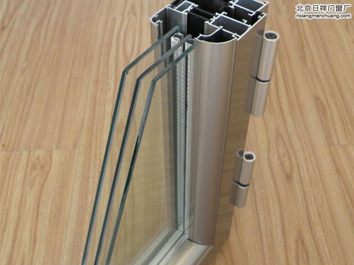 装断桥铝窗户三层玻璃多钱一平米