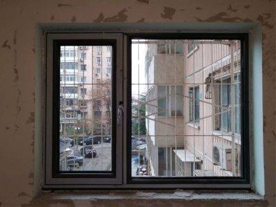海淀区大慧寺小区包阳台安断桥铝门窗安装