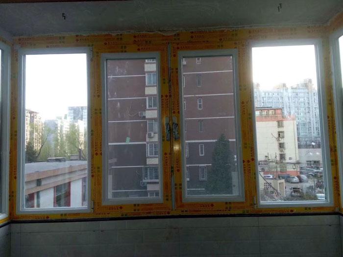 海淀龙岗路泰欣苑门窗定制安装坚美断桥铝60白色