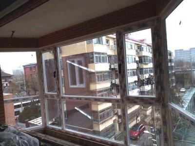 海淀大慧寺落地阳台门窗安装圆弧异形窗户
