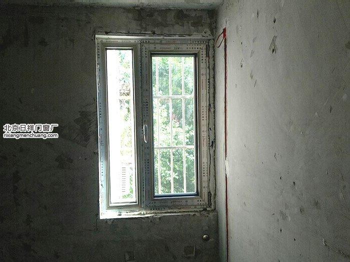 朝阳区福怡苑香槟色70断桥铝门窗安装封阳台卧室窗厨房窗