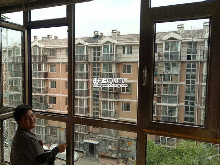 海淀区建西苑北里坚美断桥铝70系列香槟色门窗安装