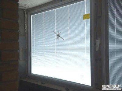 房山建德四里坚美断桥铝70系列内置百叶门窗安装换窗户